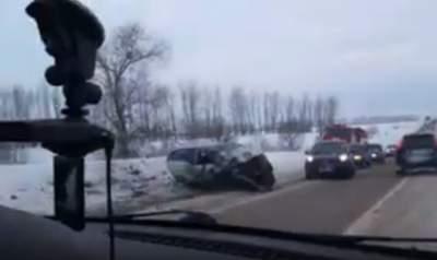 Два человека погибли, четверо пострадали влобовом столкновении натрассе «Волгоград-Сальск»