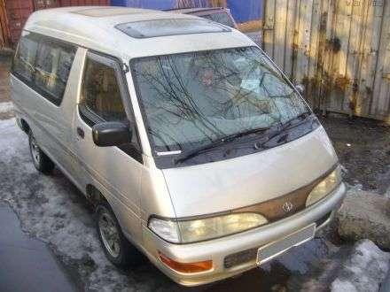 27-летний боцман угнал микроавтобус усобутыльника вВолгограде