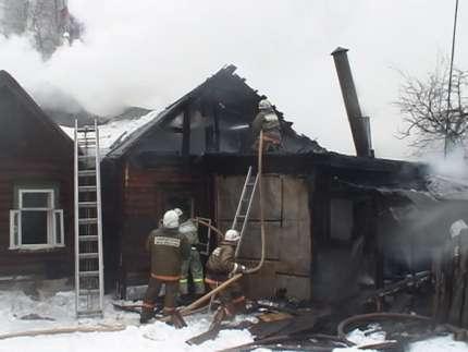 ВВолгограде впожаре вмногоэтажке погибла женщина