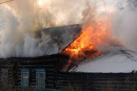 Вночь первого дня весны под Волгоградом сгорел человек