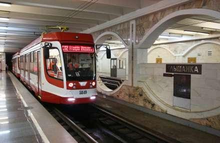 Новые трамваи вышли налинию СТ2 вВолгограде