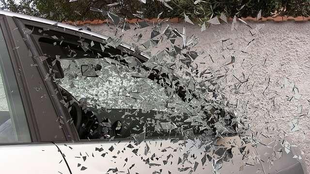 На трассе в Волгоградской области погиб 40-летний водитель легковушки