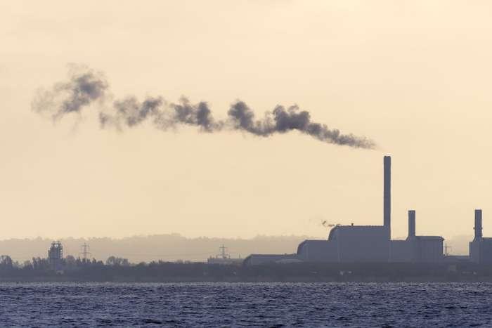 Камышинский завод уличён в выбросах азотной кислоты и марганца